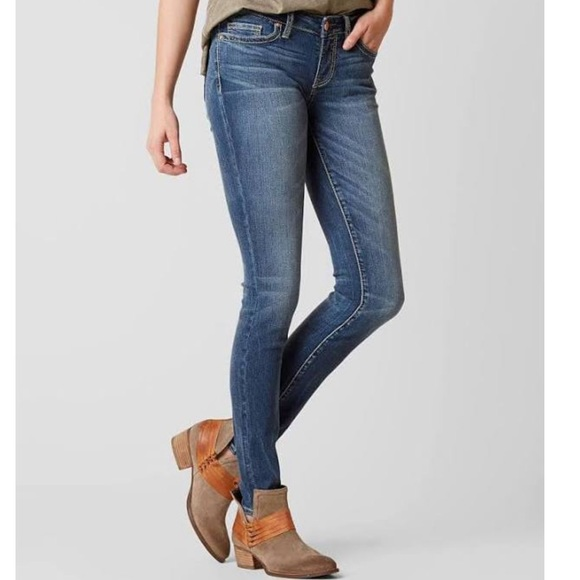 BKE Buckle Jeans Stella skinny Stretch 27
